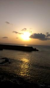 ゴール前の夕日